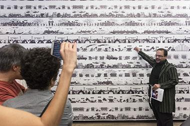 Marcello Dantas, curador de la exhibición