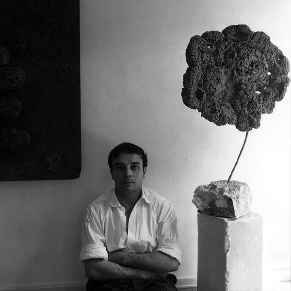 Yves Klein Retrospectiva