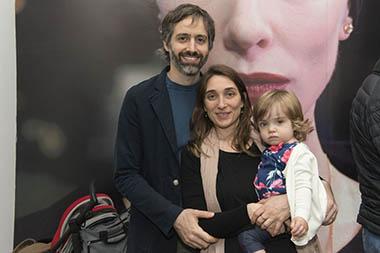 Ana Schwartzman y familia