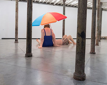 Sala 2. Couple under an Umbrella / Pareja debajo de una sombrilla, 2013, Youth / Juventud , 2009 y Woman with Shopping / Mujer con compras, 2013