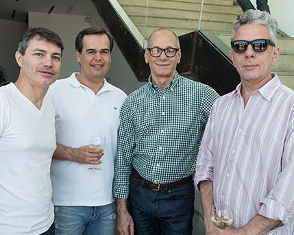 Raúl Flores y amigos